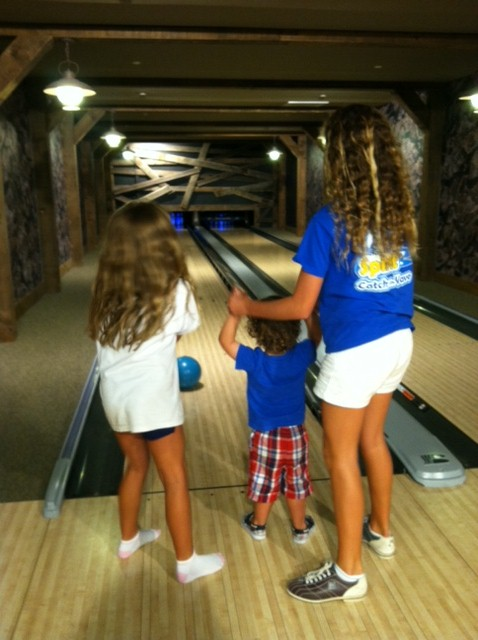 SkiHillBowling3 Top 5 Luxury Resorts For Toddlers With Kids Clubs